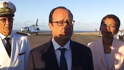 François Hollande à son arrivée à La Réunion, 21/8/14