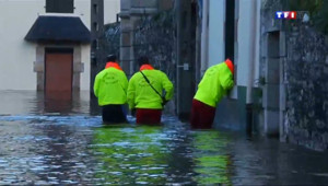 Le 20 heures du 7 février 2014 : Inondation �uimperl� les habitants exasp�s - 409.49284704589843