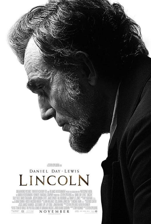 Lincoln. Un film de Steven Spielberg avec Daniel Day-Lewis, Sally Field et Joseph Gordon-Levitt.