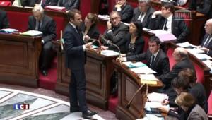 """Portrait d' Emmanuel Macron, tête de turc des frondeurs mais """"chouchou"""" du gouvernement"""