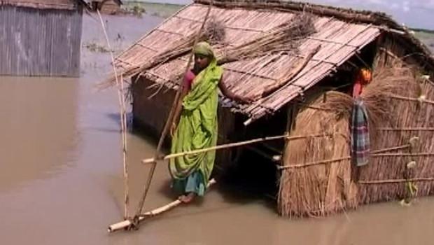 TF1/LCI Les premiers sacs de nourritures arrivent enfin au Bangladesh