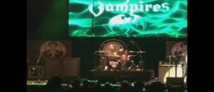 Joe Perry fait un malaise aux côtés de Johnny Depp