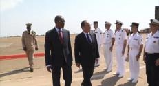 Le 20 heures du 28 novembre 2014 : Fran�s Hollande, premier chef d%u2019Etat �e rendre en Guin�depuis Ebola - 1354.35
