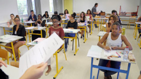 Illustration. Des élèves dans une classe en juin 2014