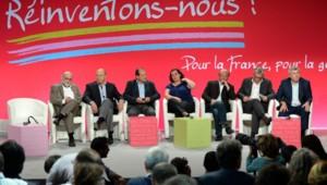 De gauche à droite : Robert Hue (MUP), Jean-Michel Baylet (PRG), Jean-Christophe Cambadélis (PS), Emmanuelle Cosse (EELV), Jean-Luc Benhamias (FDSE), Pierre Laurent (PCF) et Jean-Luc Laurent (MRC).