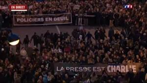 """Marche républicaine: les citoyens français """"fiers de la police"""""""