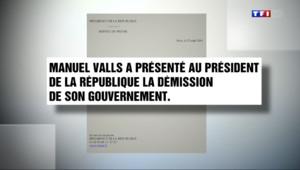 Le 13 heures du 25 août 2014 : Remaniement : les choix de Manuel Valls seront connus dans la journ�de mardi - 111.324