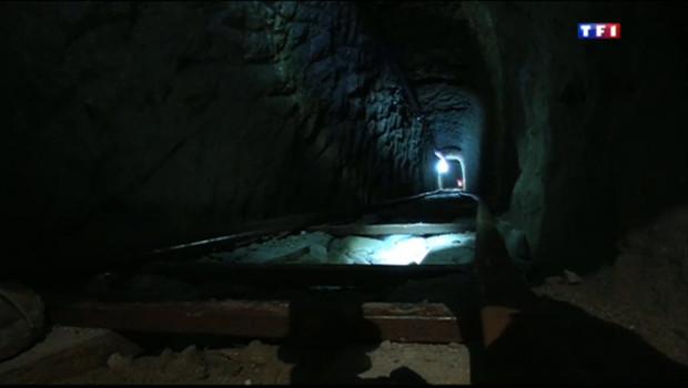 Le 20 heures du 10 novembre 2013 : Dans les tunnels sous la fronti� entre le Mexique et les Etats-Unis - 1632.2509999999997