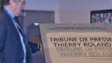 """Une tribune """"Thierry Roland"""" au Stade de France"""