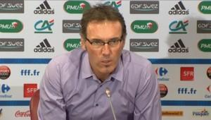 Laurent Blanc, lors de la présentation de sa première liste pour le match amical contre la Norvège, le 5 août 2010.