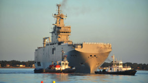"""Le """"Vladivostok"""", l'un des deux Mistral construits par la France pour la Russie et finalement vendus à l'Egypte"""