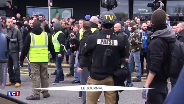 Calais : une vingtaine de manifestants anti-migrants interpellés