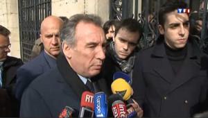 Pour Bayrou, l'exaspération monte contre la bipolarisation
