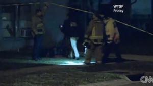 Floride : image extraite d'un sujet de CNN sur un homme englouti par un trou dans le sol de sa chambre (1er mars 2013)