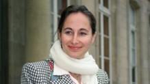 L'image de Ségolène Royal en 1996, utilisée par la chaîne Leclerc pour ridiculiser le retard de la suppression des sacs en plastique dans les commerces.