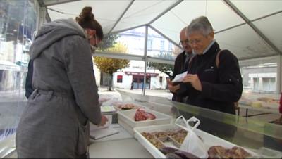 """Le 13 heures du 26 novembre 2014 : La saison des """"March�au gras"""" a commenc� 1424.7790000000002"""