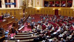 Manuel Valls tente d'apporter son soutien à Bernard Cazeneuve