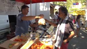 Le 13 heures du 13 août 2015 : Nyons : le jeudi c'est jour de marché dans la capitale de l'olive - 2008