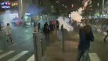 Des milliers d'Israéliens ont défilé dimanche dans les rues de Tel-Aviv en Israël pour protester contre les violences policières faites, selon eux, à la communauté juive éthiopienne du pays.
