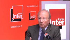 """UMP : Sarkozy n'a """"aucun intérêt"""" dans cette affaire, pour Hortefeux"""