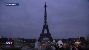 """""""Earth Hour"""" : l'opération """"lumières éteintes"""" vue à travers le monde"""