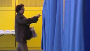 vote urne élection isoloir