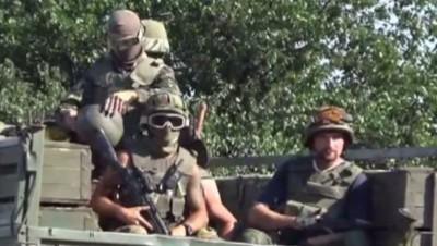 Soldats ukrainiens, août 2014