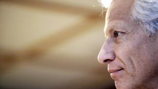 Dominique de Villepin, dans le Finist&egrave;re, le 15 fevrier 2010.