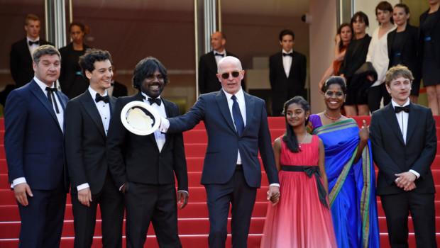 Jacques Audiard et l'équipe du film Dheepan à Cannes le 21 mai 2015