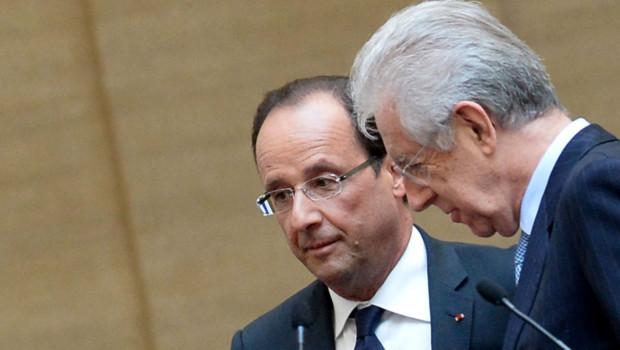François Hollande et Mario Monti pendant une conférence de presse à Rome sur l'Europe, le 14 juin 2012.