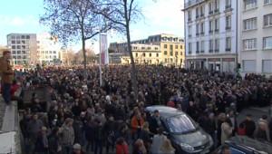 Le 13 heures du 12 janvier 2015 : Aux quatre coins du pays, les Français se sont mobilisés pour la liberté - 2250.6640000000007
