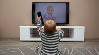 Télévision : nouvelle campagne du CSA de sensibilisation du jeune public
