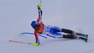 Alexis Pinturault chute lors du slalom du super-combiné