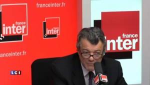 Pourquoi Borloo a tendu la main à Bayrou...