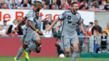 André-Pierre Gignac célèbre son but face à Guingamp, offrant à l'OM sa première victoire de la saison, le 23 août 2014.