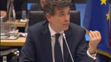 """Montebourg: le gouvernement n'accepte """"pas en l'état"""" le plan de PSA"""