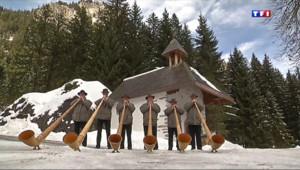 Le 13 heures du 24 janvier 2014 : Un hiver dans la vall�(5/5) : la passion de la musique - 2202.711130554199