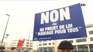 Une pancarte d'opposants au projet de loi sur le mariage pour tous.