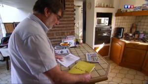 Le 13 heures du 11 septembre 2014 : Des retrait�priv�de leur pension depuis des mois - 341.848