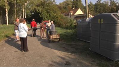Le 13 heures du 22 septembre 2014 : La guerre des poubelles - 1186.5969999999998