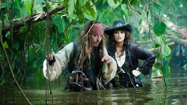 http://s.tf1.fr/mmdia/i/60/3/pirates-des-caraibes-la-fontaine-de-jouvence-rob-marshall-penelope-10367603uvimn_1713.jpg?v=2