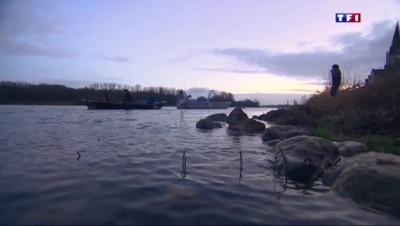 Sur la Loire, la passion des pêcheurs dans le calme de l'hiver