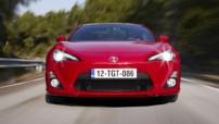 Vue avant du coupé Toyota GT86 2014