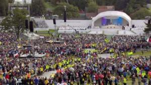 Le pape Benoît XVI célébrant une messe en plein air à Birmingham (19/09/2010)