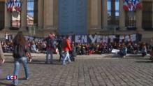 Nuit debout : blocus devant l'Assemblée Nationale