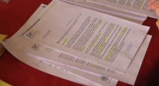 Le 20 heures du 23 novembre 2014 : Amiante : Aulnay-sous-Bois �a recherche d'anciens �liers pour un d�stage - 479.9169512939453