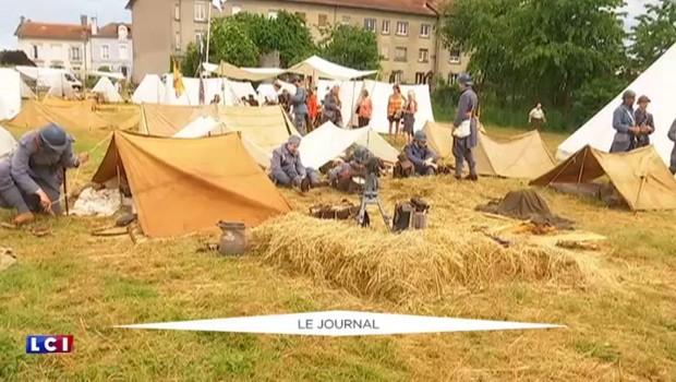 """Centenaire de Verdun: les """"reconstituteurs"""" font revivre le quotidien des poilus"""