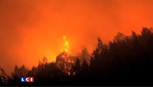 Incendie sur l'île de la Réunion: des renforts sont attendus