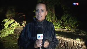"""Le 20 heures du 2 janvier 2014 : Eva Sanchez : """"Le pire est pass�t le cyclone s'�igne"""" - 271.07181665039064"""