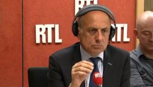 """Sapin : """"Les 50 milliards c'est aussi pour financer la diminution du déficit de la France"""""""